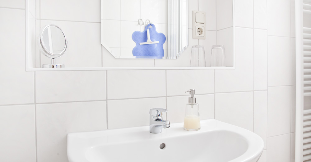 Erstausstattung Badezimmer | Klein E Aussicht Das Badezimmer Klein E Aussicht